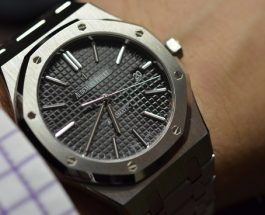 Audemars Piguet Royal Oak Black Dial Stainless Steel Men's ReplicaWatch